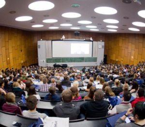 Gebührenfreie Hochschulausbildung nur noch bei uns