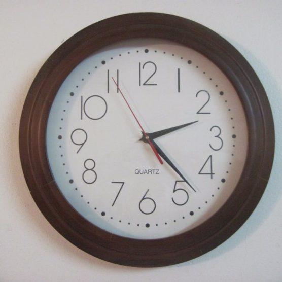 Wie schaffe ich die Zeitumstellung?
