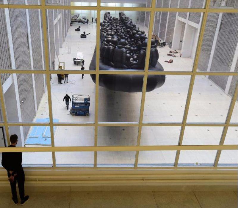 Ai Weiwei's gigantisches Flüchtlings-Schlauchboot