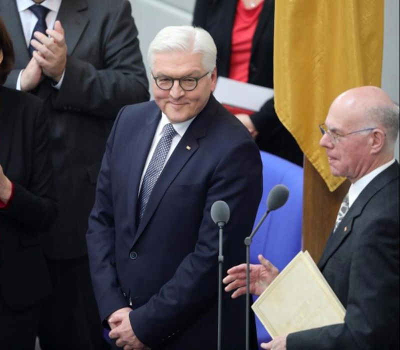 Bundespräsident Steinmeier im Parlament vereidigt