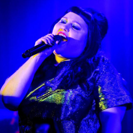 "Mit ""Fire"" in die Solokarriere - Beth Ditto"