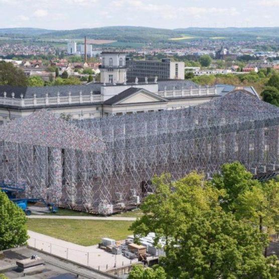 Parthenon der Bücher - documenta zum Mitmachen