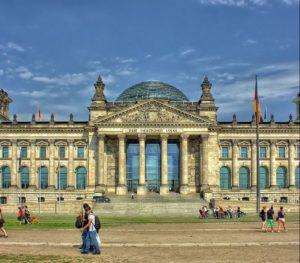 Das Bonn-Berlin Duell