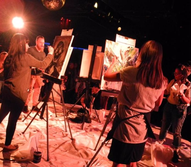 "20 Minuten Kunst: ""Art Battle"" in New York"