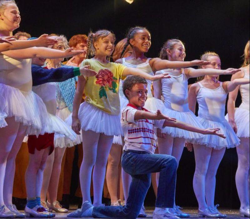 """Publikum feiert Musical """"Billy Elliot"""" in Hamburg"""