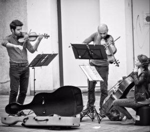 Wiens U-Bahn wird zur Bühne für Musiker